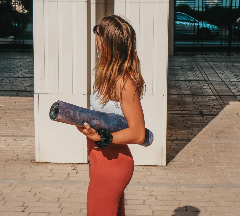 Comment choisir son tapis de yoga ? Mes conseils